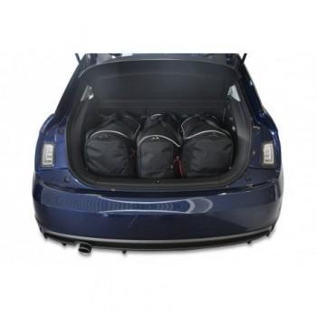 Maßgeschneiderter Kofferbausatz für Audi A1 (2010-2018)