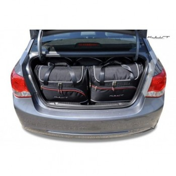 Maßgeschneiderter Kofferbausatz für Chevrolet Cruze Limousine