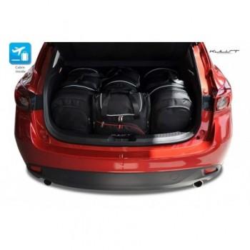 Maßgeschneiderter Kofferbausatz für Mazda 3 (2013 - 2017)