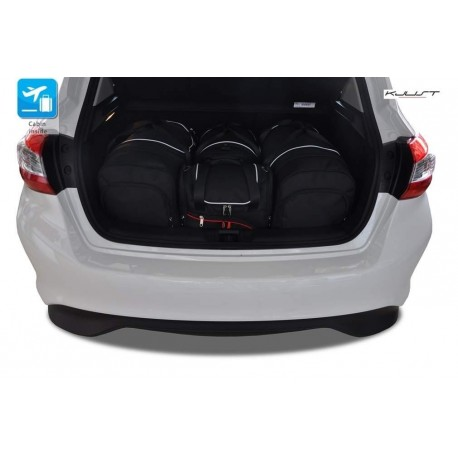 Maßgeschneiderter Kofferbausatz für Nissan Pulsar