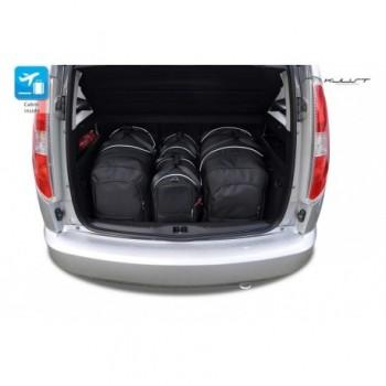 Maßgeschneiderter Kofferbausatz für Skoda Roomster