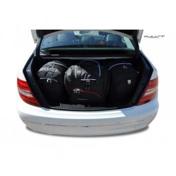 Maßgeschneiderter Kofferbausatz für Mercedes C-Klasse W204 limousine (2007 - 2014)
