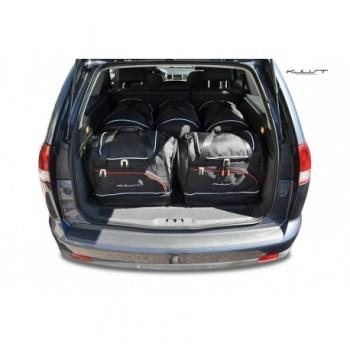 Maßgeschneiderter Kofferbausatz für Opel Vectra C touring (2002 - 2008)