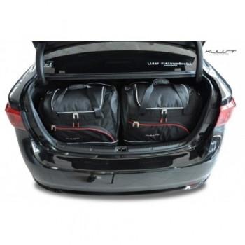 Maßgeschneiderter Kofferbausatz für Toyota Avensis limousine (2009 - 2012)