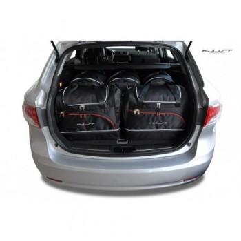 Maßgeschneiderter Kofferbausatz für Toyota Avensis Touring Sports (2009 - 2012)