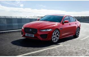 Maßgeschneiderter Kofferbausatz für Jaguar XE